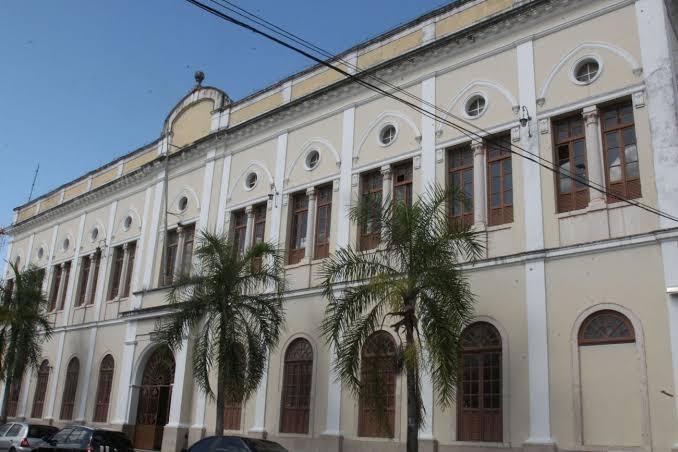 Inscrição para o Processo Seletivo Especial da UEPA segue até dia 12. As 100 vagas ofertadas através do Forma Pará são para Tecnólogo em Gastronomia. Os cursos serão realizados em Belém (Icoaraci) e Salinópolis.