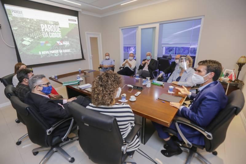 FADESP e SECULT apresentam ao governo do Estado as duas propostas finalistas de concurso nacional para a escolha do projeto arquitetônico do Parque da Cidade.